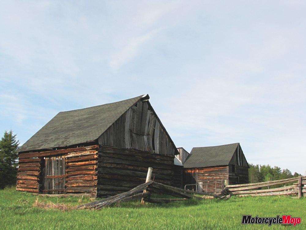 020 - 1890s homestead on Renfrew County Rd 41 near Griffith