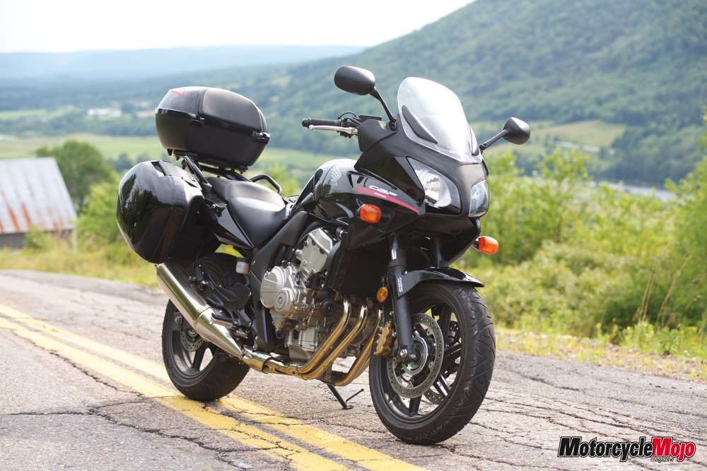 honda cbf600sa test ride review on its top speed specs. Black Bedroom Furniture Sets. Home Design Ideas