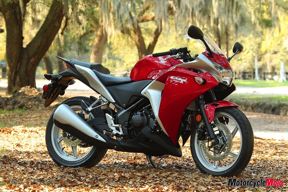 2011 honda cbr250r top speed review motorcycle mojo magazine for Honda cbr250r top speed