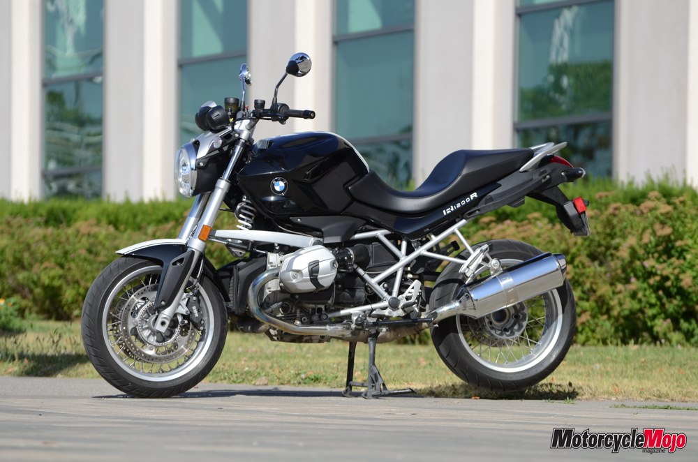 bmw r1200r classic road test review by motorcycle mojo. Black Bedroom Furniture Sets. Home Design Ideas