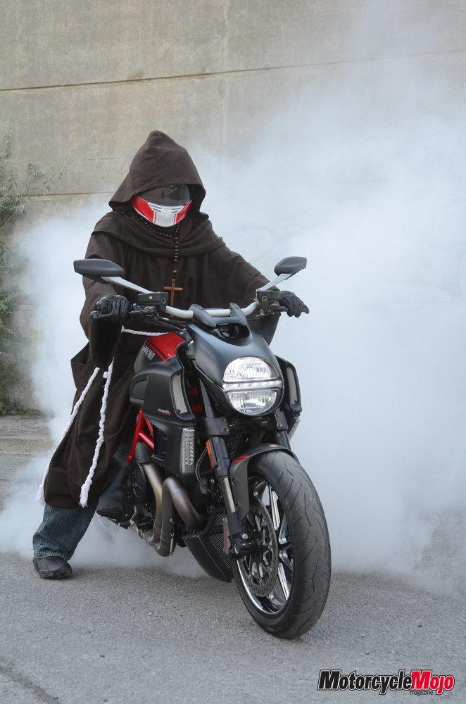 Ducati Diavel Carbon Test Ride Review And Performance Specs