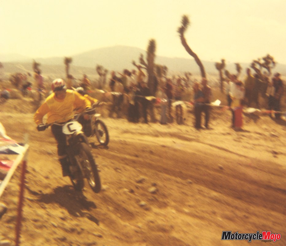 Motorcycle Mojo Ron racing Dusty Memories