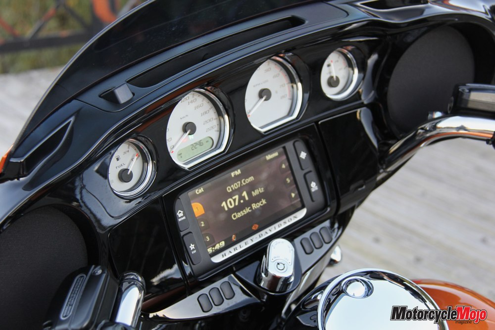 2014 Harley Davidson Street Glide Review And Test Ride