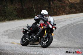 Test riding Yamaha FJ-09