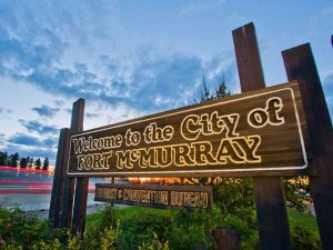 fort_mcmurray_welcome_sign_20130619_m19-2305