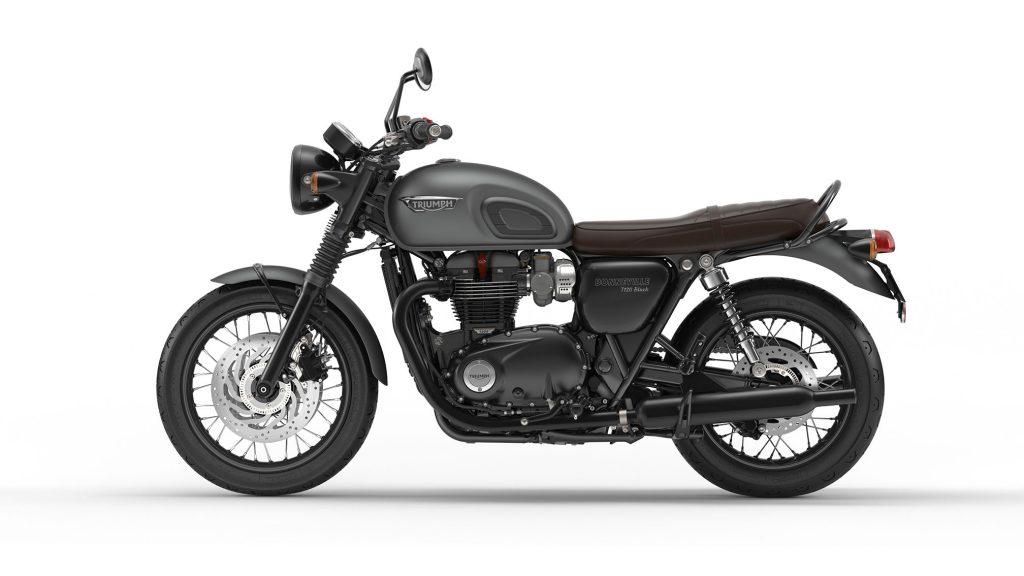 2016-Triumph-Bonneville-T120-Black3