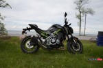 Standing The Kawasaki Z900 ABS on the Grass