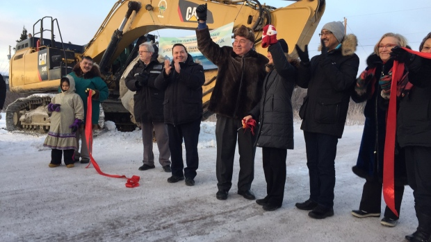 inuvik-tuk-highway-ribbon-cutting