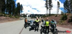 Arriving at Diamonds Lake Resort