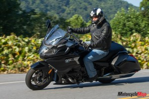 Riding on the 2018 BMW K1600B Bagger