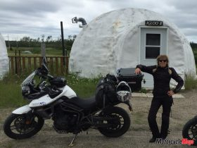 The Triumph Tiger XRX in front of an Igloo