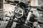 Front Light of the 2018 Triumph Bobber Black