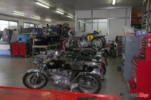ehret-vincent-in-bike-shop