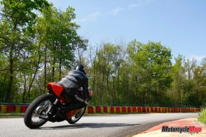 Riding The Harley Davidson RR500