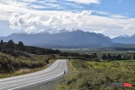 highway-to-a-mountain-in-new-zealand