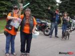 003-volunteers Trish and Elaine