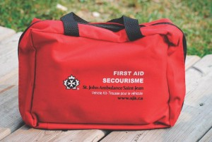 first aid kit Motorcycle-Prepardness-08-BBM