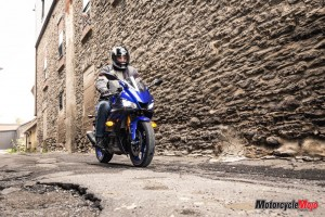 2019 Yamaha R3 Near A Wall