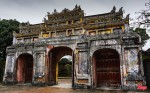 9 Hue Citadel Gate (JPG 6MB)